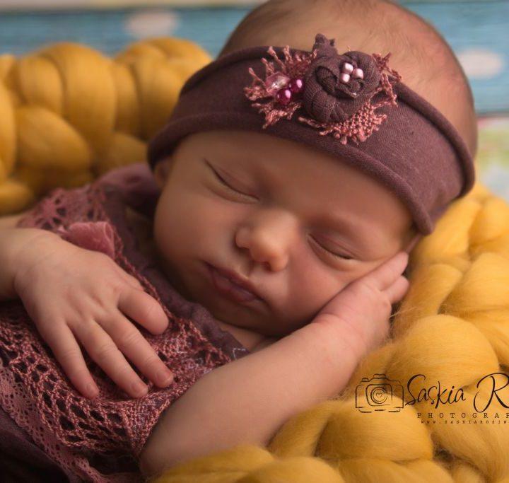 Carla, 12 Tage jung | Babyfotos Ludwigsburg